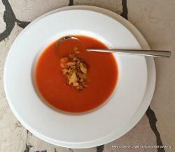 Tomaten-Suppe mit Bröslschmarrn